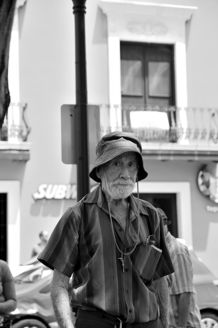 CRR_7796_01_old_man_hat